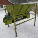 4273 SKALS small bunker with conveyor