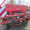 4333 Gregoire Besson belt planter 3 row for bed