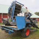 4426 Asa-Lift T200 carrot harvester with elevator