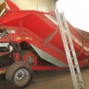 4427 Grimme RH24-60 XXL receiving hopper