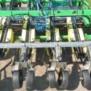 4610 Hortech TRE 190 transplanter for cubic plants