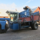 4853 Asa-Lift 2 row selfpropelled carrot harvester with bunker