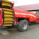 3454 Grimme GZ1700 2 row red beet harvester etc