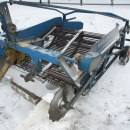 3550 Asa-Lift onion windrower