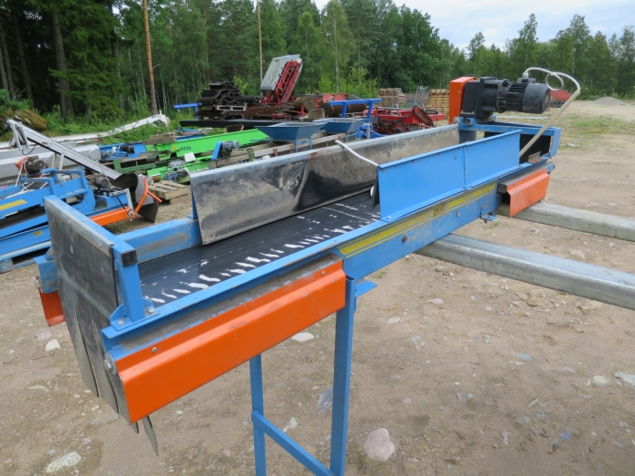 4146 EMVE conveyor 2200x350 mm