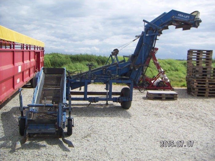 4151 Asa-Lift onion loader with elevator