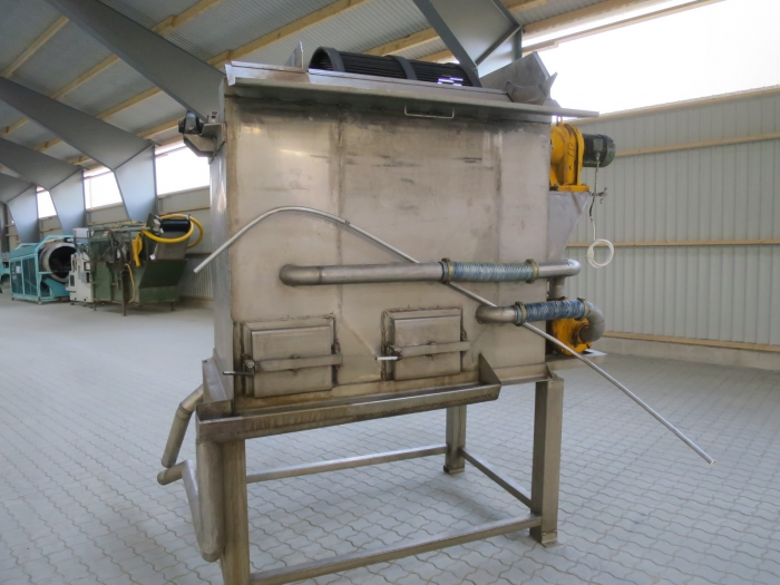 4323 Potato washer with destoner stainless steel