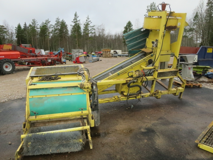 4335 Pixall green bean harvester