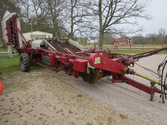 4341 Reekie Clean Flow 2000 potato harvester
