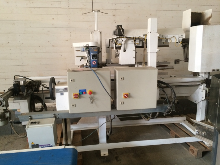 4346 Pacepacker TBC paper bagger with stitcher
