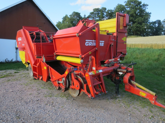 4677 Grimme SE75-20 potato harvester