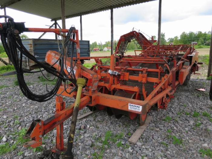 4714 AMAC E2 potato harvester elevator 2 row