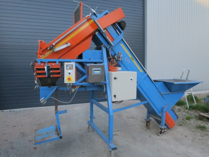 4880 EMVE automatic weigher for carrots, potatoes etc