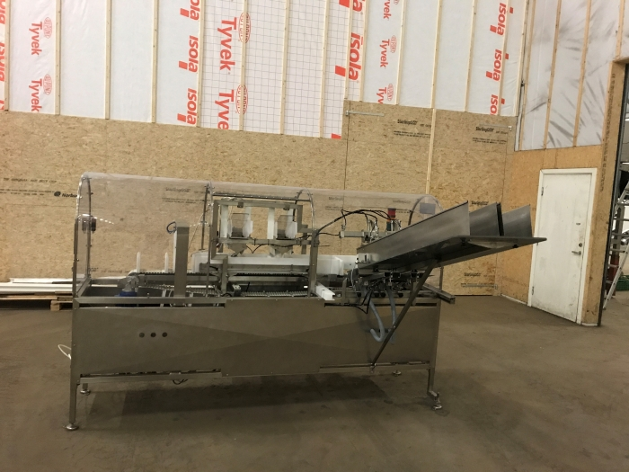 4994 Newtec tray filler NBM61F for punnets