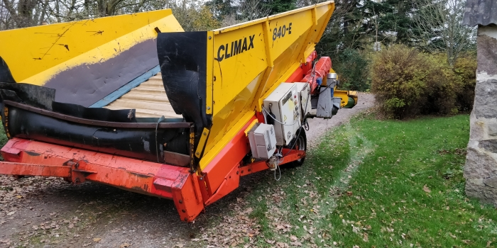 5042 Climax receiving hopper 840-E for potato