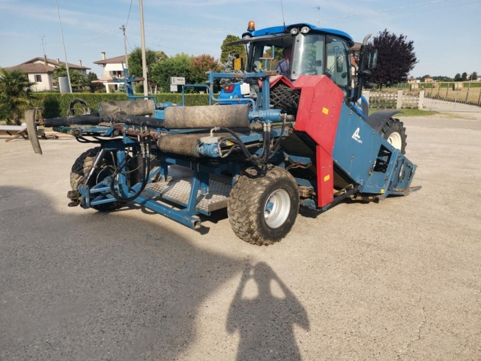5249 Asa-Lift MK-1000 cabbage harvester