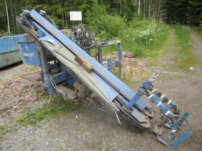 3444 Asa-Lift leek harvester