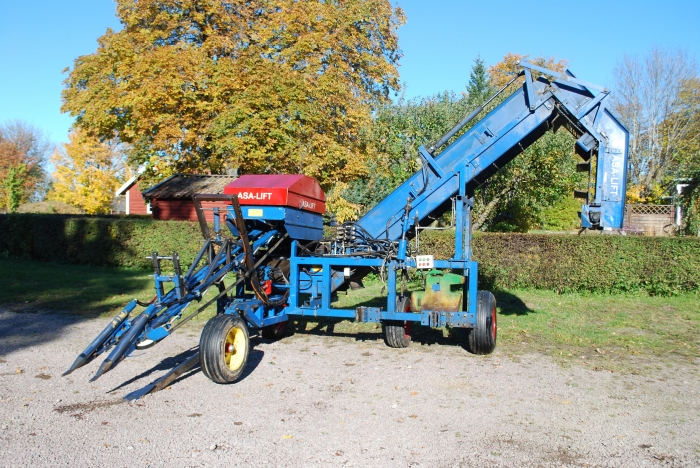 3504 Asa-Lift carrot harvester 1 row with elevator