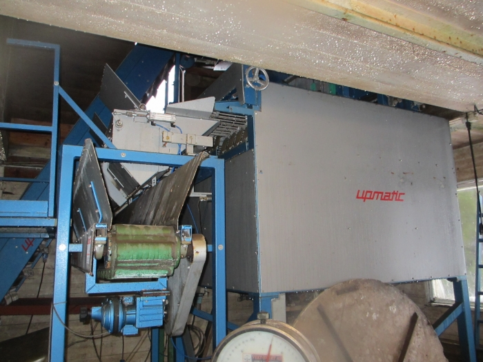 3539 Upmatic multi head weigher 1025 E 2,5-25 kg year model 2001