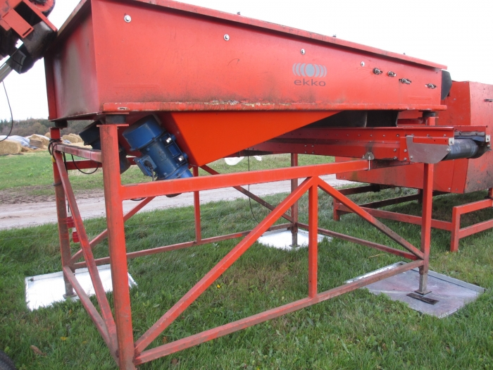 3702 EKKO length grader for carrots etc.
