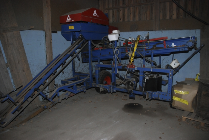 3089 Asa-Lift carrot harvester 1 row with front bunker