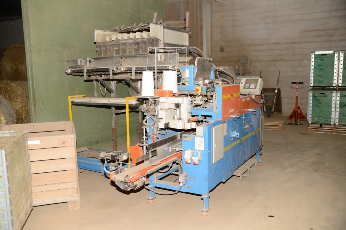 3734 EMVE BE5000 paper bagger with Newtec 2000 weigher