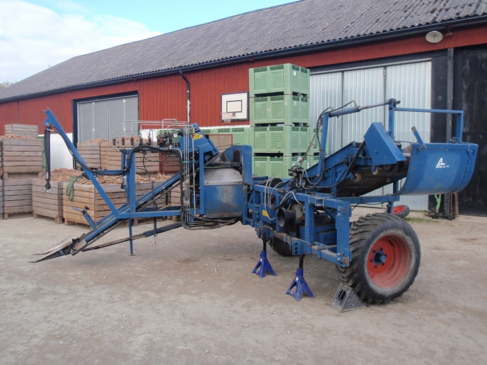 3899 Asa-Lift carrot harvester 1 row with fork