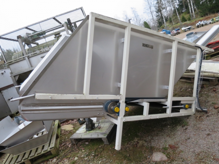 3928 KMG storage conveyor