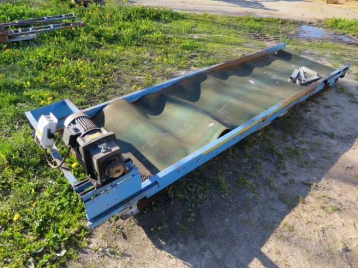 4078 EMVE conveyor 3200x800 mm
