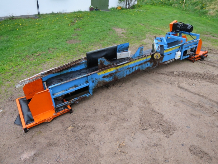 4083 EMVE conveyor 3000x350 mm