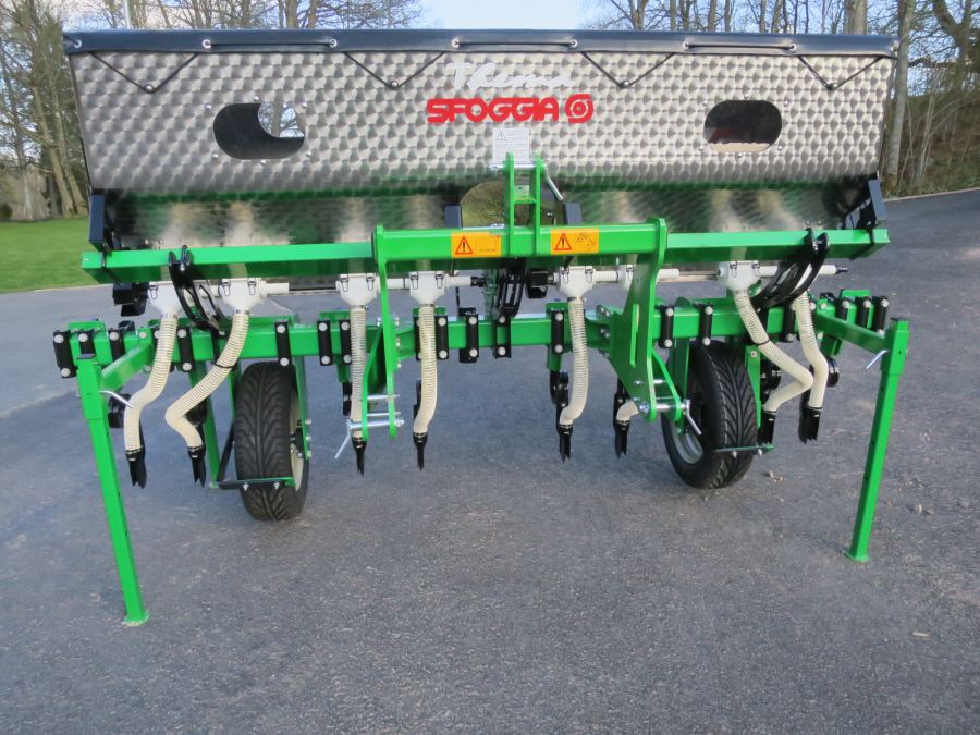 5333 Sfoggia Thema front fertilizer unit NEW