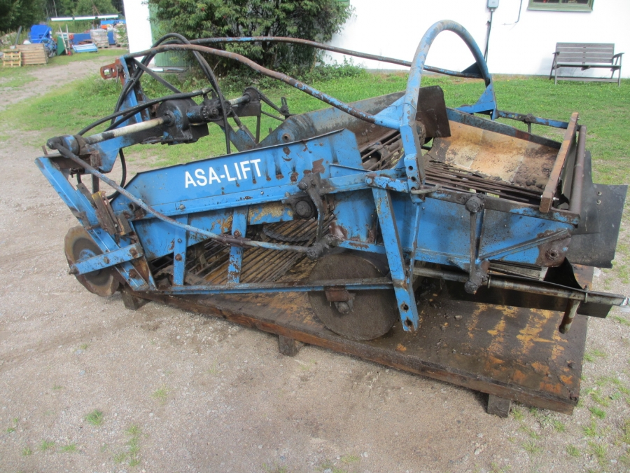 3632 Asa-Lift onion windrower 135 cm 1 web