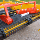 4252 Samon onion windrower 135 cm